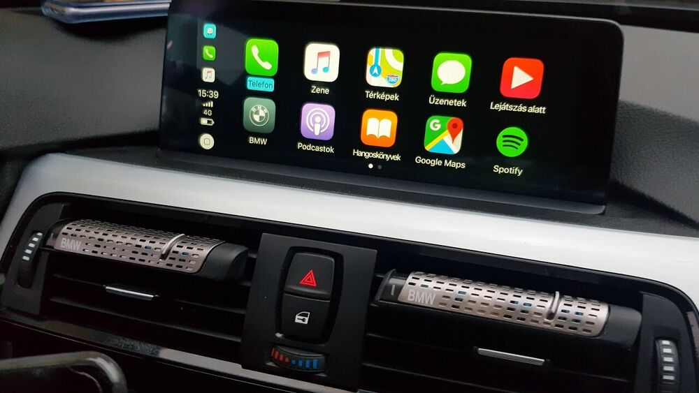 Google Maps is now available for Apple CarPlay on